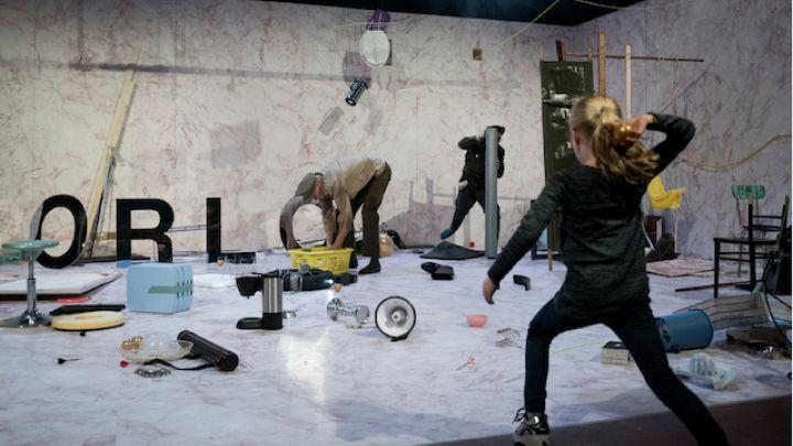 Oorlog door Theater Artemis — De Krakeling, theater voor de jeugd te Amsterdam