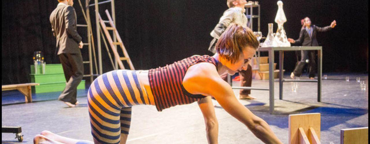 Binnenbeest door De Dansers  — De Krakeling, theater voor de jeugd te Amsterdam