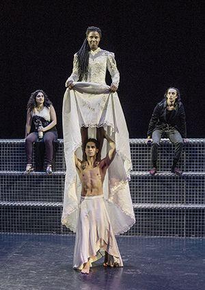 Liefde door Maas theater en dans
